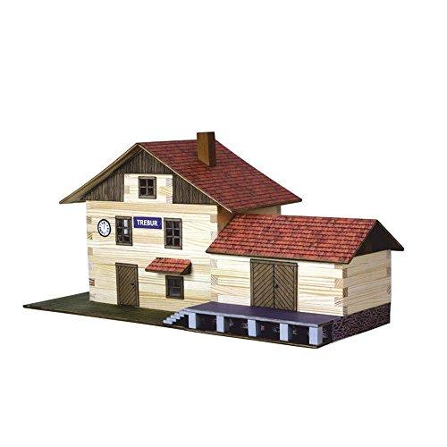 Walachia 8594036430365 Bahnhofsgebäude Fachwerk Holz Modellbauset Modellbahn Spur 1/ LGB 1:32