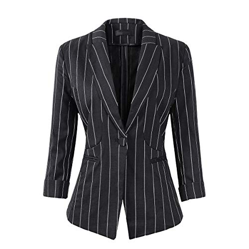 What Do You Wear With a Casual Blazer?