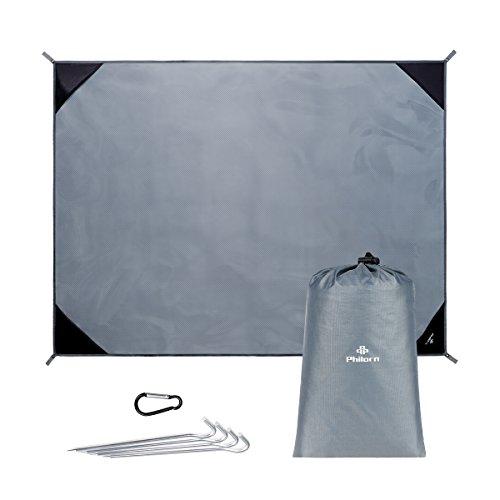 PHILORN Grande Couverture De Pique-Nique Plage Tapis 200 x150 cm avec 4 Piquets Métalliques Pliable Compact Léger Nylon Résistant au Sable Imperméable Séchage Rapide pour Extérieur Activités