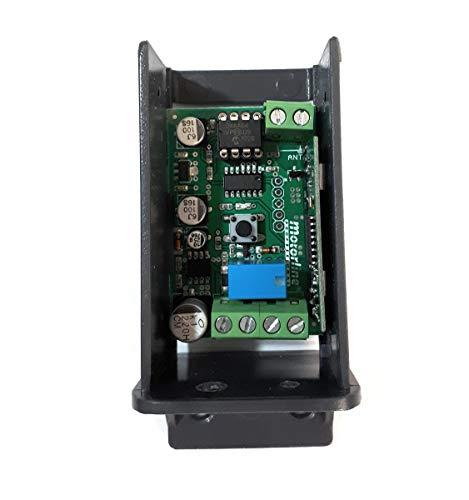 Receptor universal MR17 para mandos de garaje y control remoto en puertas automáticas y otras aplicaciones.