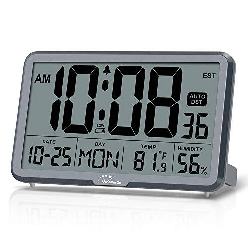 WallarGe Reloj de pared digital, funciona con pilas automáticamente, con alarma, con temperatura, humedad y fecha, DST automático, pantalla grande para personas mayores, 8 zonas horarias. (gris)