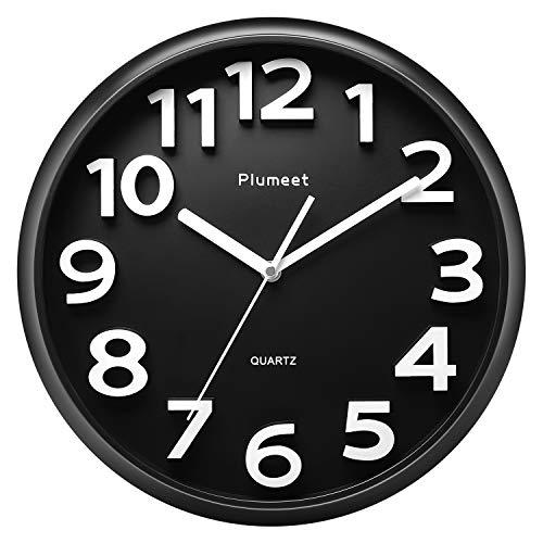 Plumeet 33 cm Große Wanduhr, Nicht tickende Stille Quarz Dekorative Uhren, Moderner Stil Gut für Wohnküche Wohnzimmer Schlafzimmer Büro, Große 3D-Nummer Anzeige, batteriebetrieben (Schwarz)