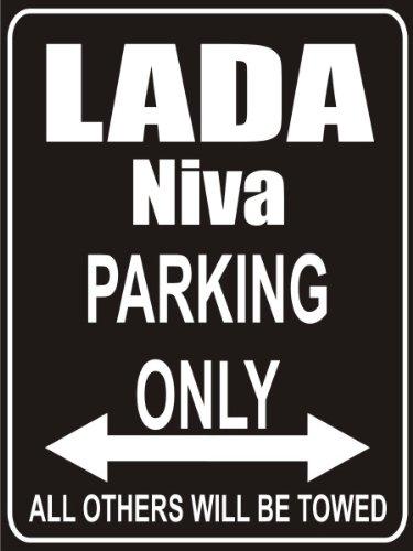 INDIGOS UG - Parkplatz - Parking Only lada-niva - Parkplatzschild