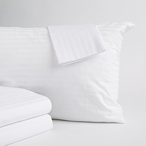Home Fashion Designs 4-Pack 100% Cotton Pillow Protectors. Hypoallergenic 300 Thread Count Pillow Cover. Dust Mite, Bed Bug Cover, Zippered Pillow Protectors. (Jumbo/Queen Size)