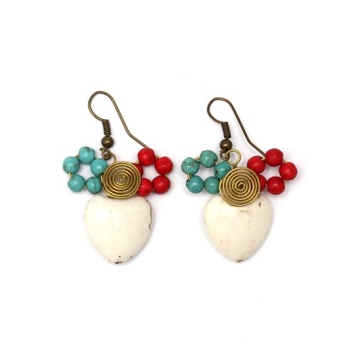 Pendientes hechos a mano Idin–hecho a mano color blanco corazón piedra con cable en espiral, color rojo y turquesa cuentas pendientes de gota
