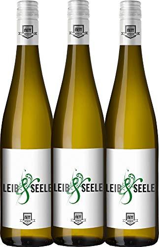 3er Paket - Leib & Seele Cuvée feinherb 2018 - Bergdolt-Reif & Nett mit VINELLO.weinausgießer | feinherber Weißwein | deutscher Sommerwein aus der Pfalz | 3 x 0,75 Liter