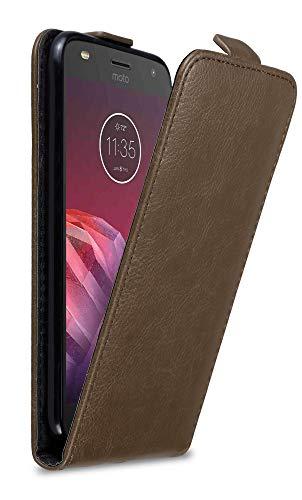 Cadorabo Hülle für Motorola Moto Z2 Play in Kaffee BRAUN - Handyhülle im Flip Design mit unsichtbarem Magnetverschluss - Hülle Cover Schutzhülle Etui Tasche Book Klapp Style