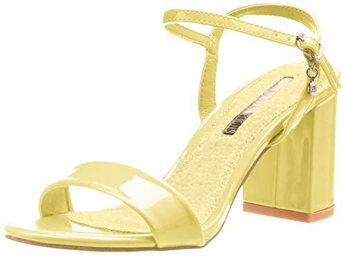 Zapatos descubiertos de tacón ancho de color amarillo pálido
