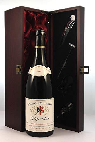 Gigondas 1985 Domaine Les Goubert in einer mit Seide ausgestatetten Geschenkbox, da zu 4 Weinaccessoires, 1 x 750ml