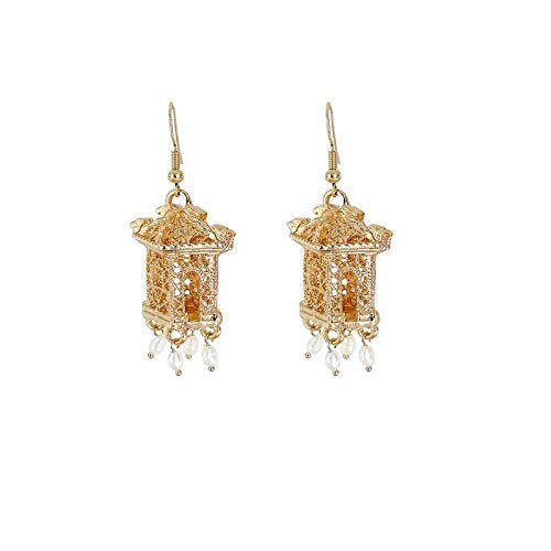 Oriental Gazebo Pendientes de gota grabados en oro con abalorios de perlas