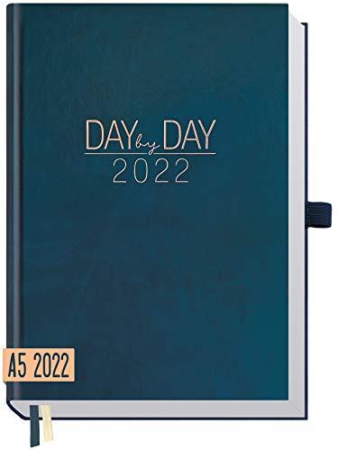 Chäff Organizer Day by Day 2022 A5 [Nachtblau] 1 Tag 1 Seite | Hardcover Tageskalender 2022 A5, Tagesplaner, Terminkalender, Terminplaner, Kalender | nachhaltig & klimaneutral
