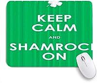 EILANNAマウスパッド 農家は穏やかに保ち、背景にシャムロック ゲーミング オフィス最適 おしゃれ 防水 耐久性が良い 滑り止めゴム底 ゲーミングなど適用 用ノートブックコンピュータマウスマット