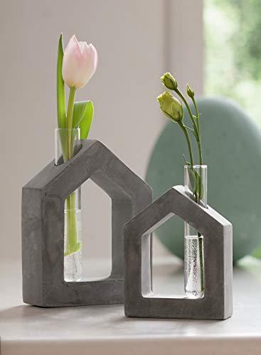 ausgefallene Vase Haus aus Beton mit Glas-Einsatz für einzelne Blumen, Dekovase, Tischdeko