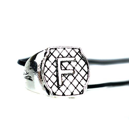 Beaux Bijoux     metal común