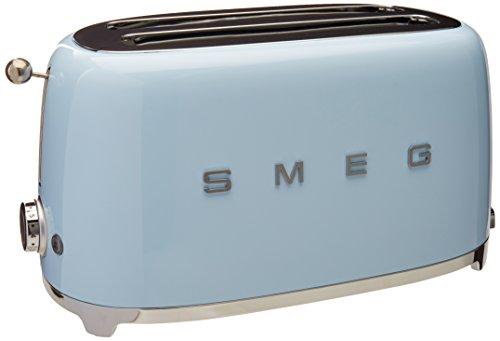 tostadora azul de la marca Smeg