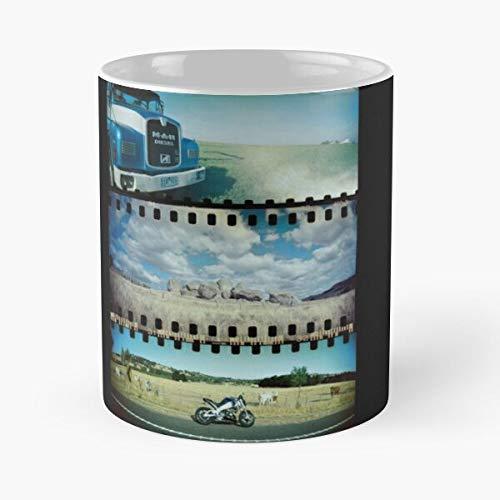 Rocket Camera Truck Lomography Film Motorcycle Sprocket Lomo Taza de café con Leche 11 oz