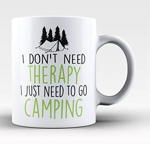 AntonioKe75 I Don'T Need Therapy I Just Need To Go Camping – Linterna para exteriores de 11 oz para tienda de campaña, herramienta de estaca para utensilios de cocina, cita de café, taza de café es una idea única de regalo para papá, mamá, abuelo, tío, hija, esposa, hijo