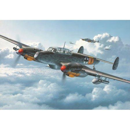 Revell Modellbausatz 04530 - Messerschmitt Bf 110 G-2/R3 im Maßstab 1:48