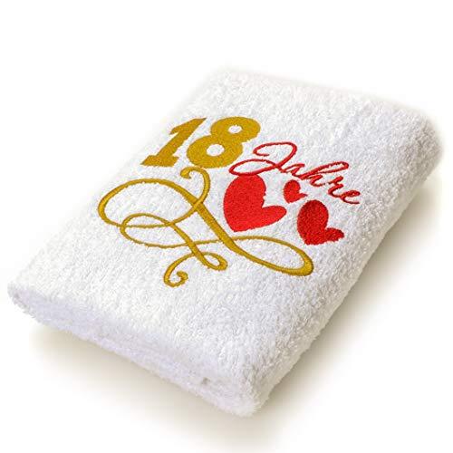 Abc Casa Geschenk-Handtuch zum 18 Geburtstag mit aufgestickten Herzen und 18 Jahre für Mädchen und Jungen - eine praktische 18 jähriges Jubiläum Geschenkidee - nützliches 18 Jahre Geburtstagsgeschenk