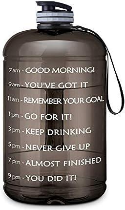 Botella de agua portátil de un galón – Botella de agua de uso diario para hacer acondicionamiento físico, a prueba de fugas. Con marcador de tiempo motivacional, para ir al gimnasio, para camping o actividades al aire libre (1 galón / 73 onzas)