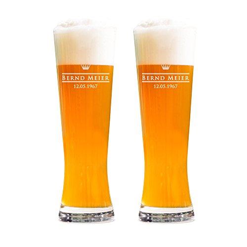AMAVEL 2er Set Weizenbierglas – Gravur Royal – Personalisiert mit [Namen] und [Datum] – 0,5l Bierglas – Individuelles Weizenglas – Weißbierglas Gläserset – Geburtstagsgeschenk für Männer