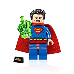 powerful LEGO DC Super Heroes Minifigure-Superman with Kryptonite and Stand 76096