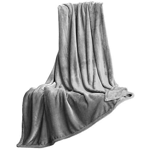 CelinaTex Salsa Kuscheldecke 150 x 200 cm Silber grau Cashmere Touch Wohndecke Mikrofaserdecke Tagesdecke