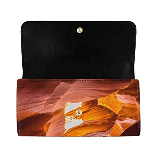 INTERESTPRINT Women's Trifold Clutch Purses Famous Antelope Canyon on Sunny Day with Blue Sky Card Holder Handbags