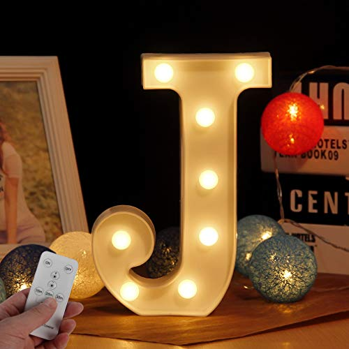 LED kreative Englisch Brief Licht beleuchtet digitales Licht, batteriebetrieben mit Fernbedienung einstellbar warmweißes Licht Ehe Geständnis Geburtstag romantische Requisiten Lichter(Buchstabe J)