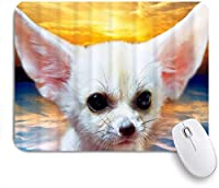 NIESIKKLAマウスパッド チワワの長い耳と大きな目白いかわいい犬の夕焼け ゲーミング オフィス最適 高級感 おしゃれ 防水 耐久性が良い 滑り止めゴム底 ゲーミングなど適用 用ノートブックコンピュータマウスマット