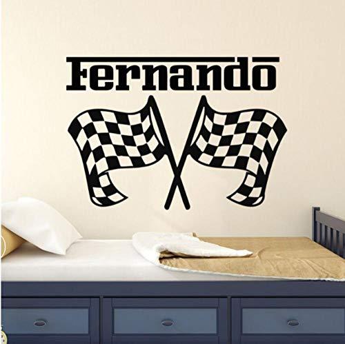 Kinderzimmer Dekor personalisierte Name Wandaufkleber Autorennen Wandtattoo Race Flags Wandkunst Wandbild abnehmbare benutzerdefinierte Name Aufkleber 42x29cm