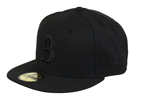 Boston Red Sox Black on Black New Era Chapeau Size 6 7/8