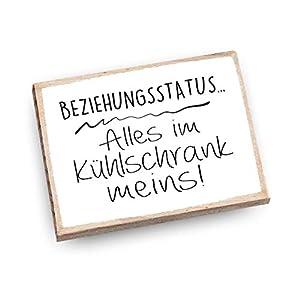 Handmade Magnet aus Buchenholz mit Spruch | Beziehungsstatus Alles im Kühlschrank meins!