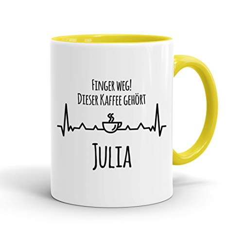True Statements Tasse Finger weg Dieser Kaffee gehört Wunschname personalisiert - personalisierte Kaffeetasse mit Wunsch-Name ? spülmaschinenfest ? tolles Geschenk zu Weihnachten, innen gelb