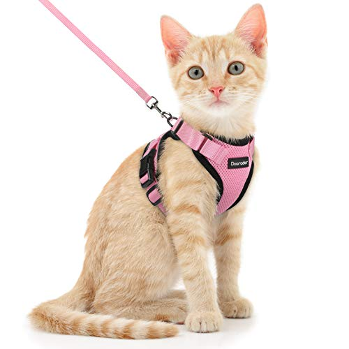 """Dooradar Cat Leash and Harness Set, Escape Proof Safe Breathable Cat Vest Harness for Walking , Easy Control Soft Adjustable Reflective Strips Mesh Jacket for Cats, Pink, XS (Chest: 13.5"""" -16.0"""")"""