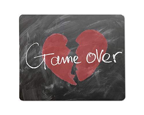 Yeuss Spiel über rechteckiges rutschfestes Mauspad Rotes gebrochenes Herz gezeichnet auf Tafel mit weißem Kreide-Textgrafikspiel vorbei. Gaming Mauspads 200 mm x 240 mm
