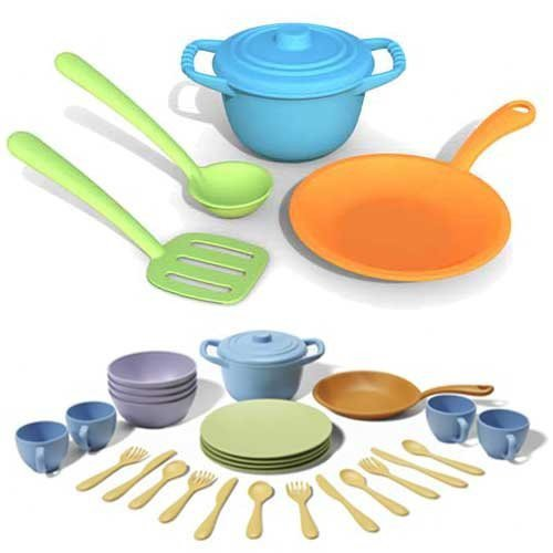 Great Features Of Green Toys Cookware and Dining Set