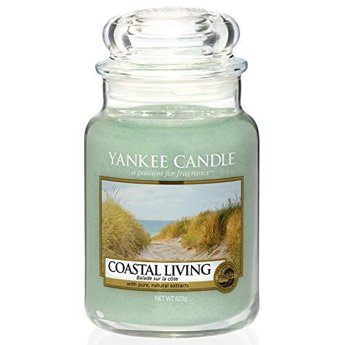 Yankee Candle Duftkerze im Glas (groß) | Coastal Living | Brenndauer bis zu 150 Stunden