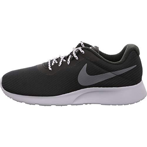 Nike Herren Tanjun SE Fitnessschuhe, Mehrfarbig (Black/Dark Wolf Grey 005), 46 EU
