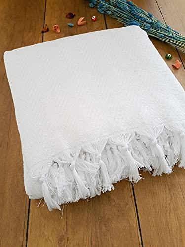 Damla Tagesdecke Überwurf Decke - Wohndecke perfekt für Bett & Sofa, 100prozent Baumwolle - handgefertigte Fransen, 220x250cm (Weiß)