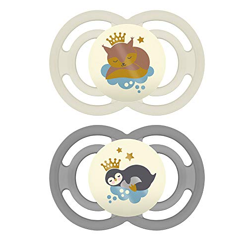 MAM Perfect Night Pacifiers, Glow in the Dark Pacifiers (2 Pack, 1 Sterilizing Pacifier Case), MAM Pacifiers 16 Plus Months, Unisex Baby Pacifiers, Designs May Vary