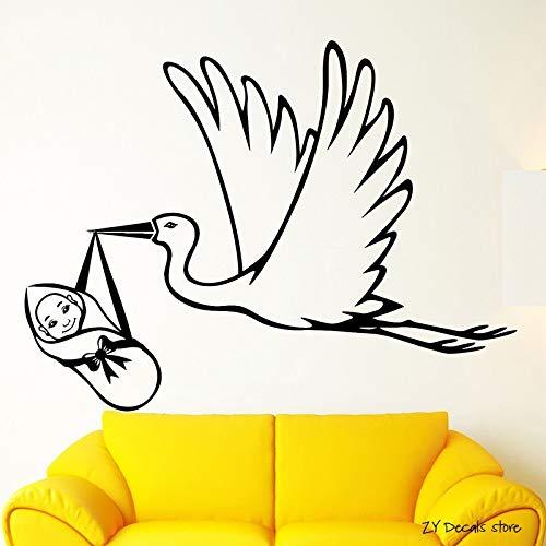 Geboorte kraamkliniek familie vinyl muursticker ooievaar met baby muursticker slaapkamer woondecoratie kunst muurschildering <> 58x77cm