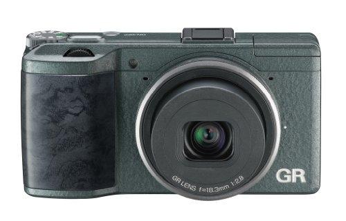 Ricoh GR Limited Edition EU Digital KompaktKamera (16,2 Megapixel CMOS-Sensor, 7,6 cm (3 Zoll) LCD-Display, HDMI, USB)