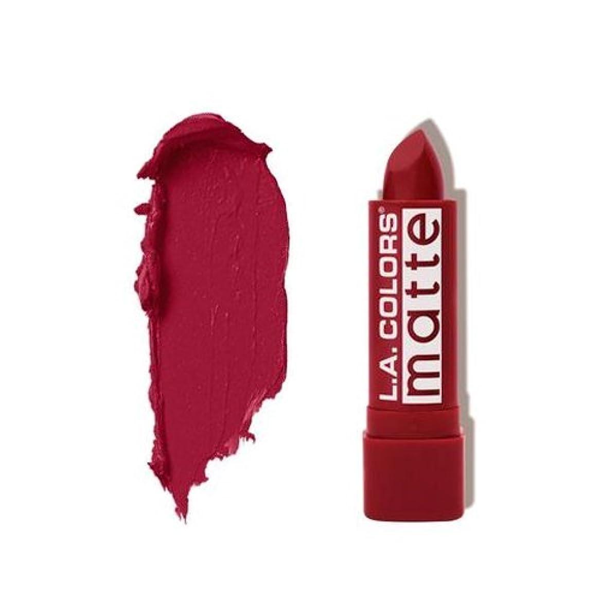 外出忘れるしなければならない(3 Pack) L.A. COLORS Matte Lip Color - Relentless Red (並行輸入品)
