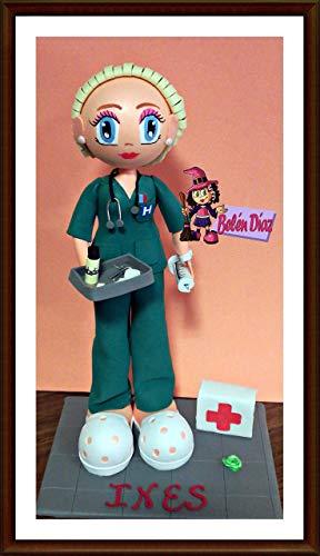 Fofucha Enfermera muñeca artesanal uniforme verde personalizada