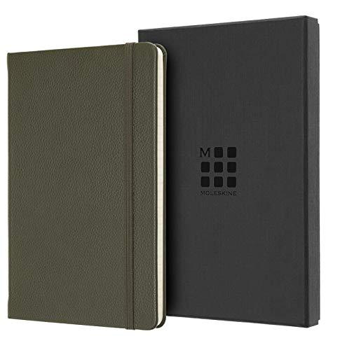 Moleskine Classic Notebook, Taccuino a Righe, Copertina Morbida in Pelle e Chiusura ad Elastico, Formato Large 13 x 21 cm, Colore Verde Muschio, 176 Pagine