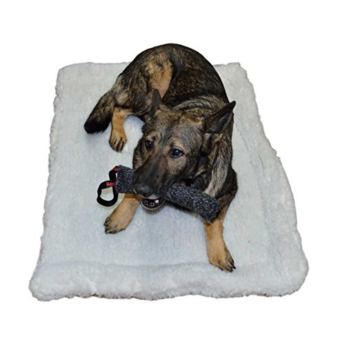 RedLine K9 Double Sided Sherpa Dog Bed Crate Mat (22' x 34' - 500 Series Crate)