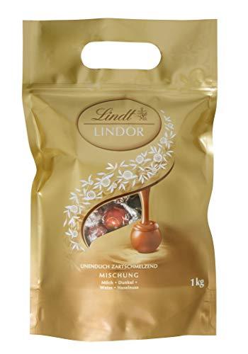 Lindt Lindor Milk Chocolate Truffels Tas – ca. 80 ballen, 1 kg – Perfect om te delen – Chocoladeballen met een gladde…