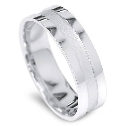 Mens 6mm Comfort Fit Platinum Wedding Band - Size 7.5