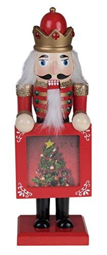 Rey del Cascanueces tradicional de Clever Creations, 100% madera, coleccionable, para decoración festiva, con uniforme rojo y dorado y marco rojo con árbol de Navidad, 22,86cm de alto